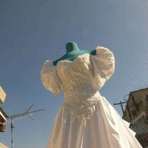 wedding dress long train with pearls